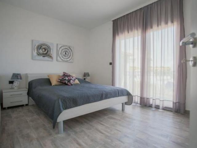 Split,Croatia,2 Bedrooms Bedrooms,1 BathroomBathrooms,Apartment,1105