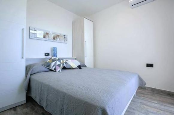 Split,Croatia,1 Bedroom Bedrooms,1 BathroomBathrooms,Apartment,1106