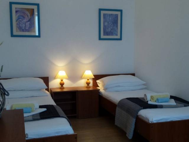 Tisno,Croatia,2 Bedrooms Bedrooms,1 BathroomBathrooms,Apartment,1132