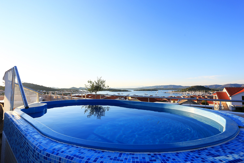 Tisno,Croatia,1 Bedroom Bedrooms,1 BathroomBathrooms,Apartment,1142