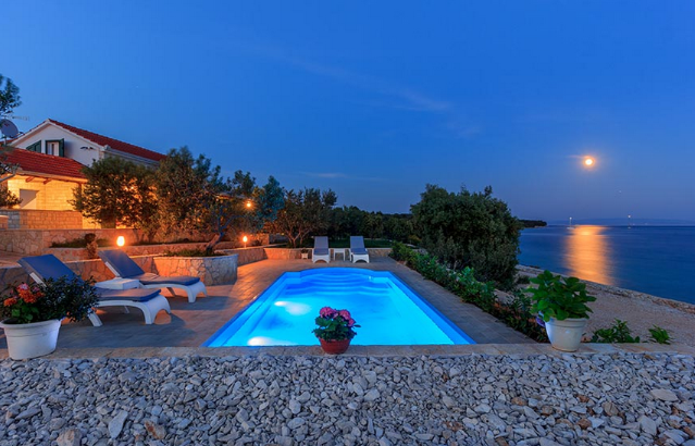 Split,Croatia,4 Bedrooms Bedrooms,2 BathroomsBathrooms,Villa,1146
