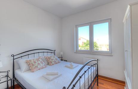 Tisno,Croatia,2 Bedrooms Bedrooms,1 BathroomBathrooms,Apartment,1148