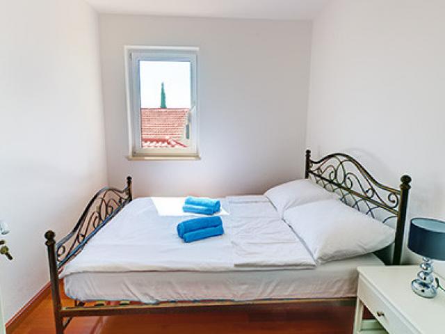 Tisno,Croatia,2 Bedrooms Bedrooms,1 BathroomBathrooms,Apartment,1149