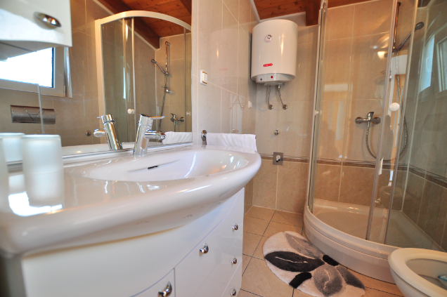 Tisno,Croatia,1 BathroomBathrooms,Apartment,1031