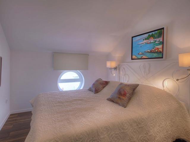 Tisno,Croatia,2 Bedrooms Bedrooms,1 BathroomBathrooms,Villa,1037