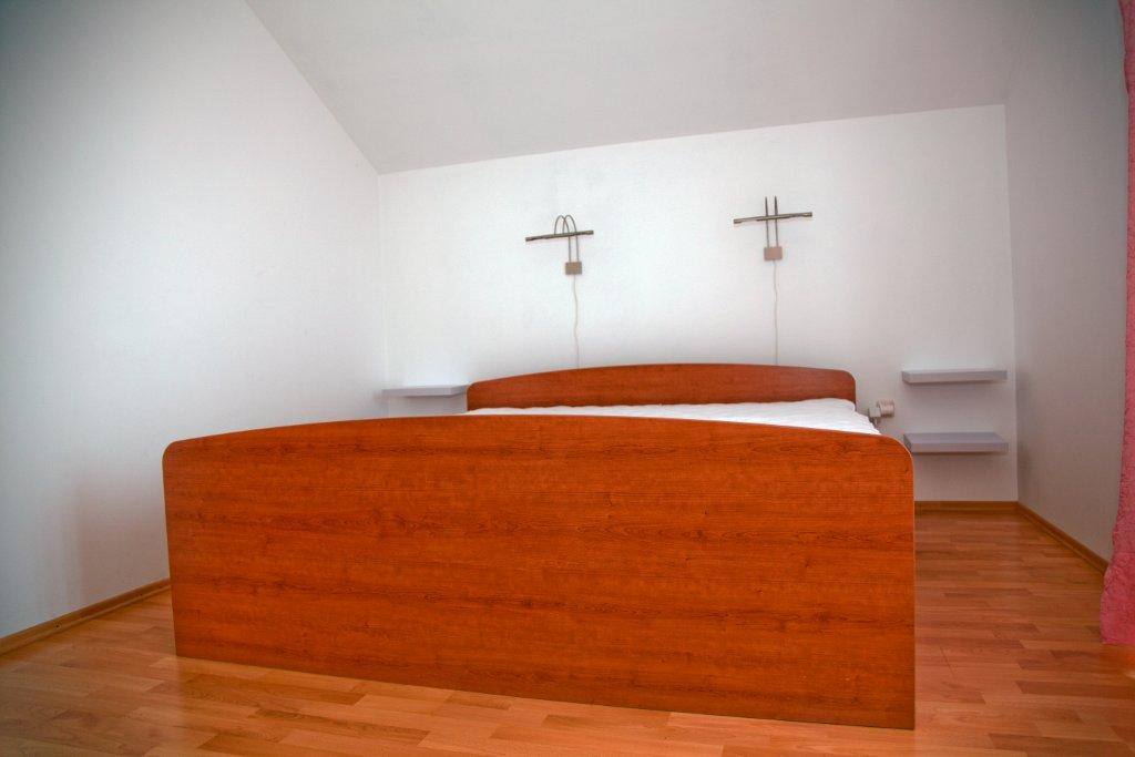 Tisno,Croatia,2 Bedrooms Bedrooms,1 BathroomBathrooms,Apartment,1040