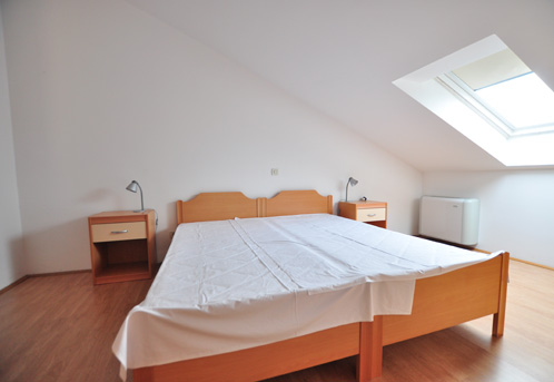 Tisno,Croatia,2 Bedrooms Bedrooms,1 BathroomBathrooms,Apartment,1043