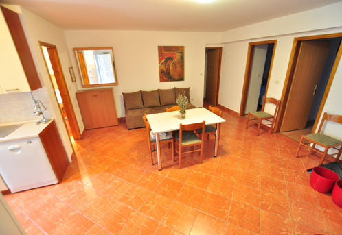 Tisno,Croatia,2 Bedrooms Bedrooms,1 BathroomBathrooms,Apartment,1044