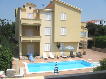 Novalja,Croatia,2 Bedrooms Bedrooms,1 BathroomBathrooms,Apartment,1057
