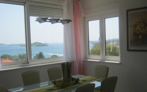 Tisno,Croatia,3 Bedrooms Bedrooms,1 BathroomBathrooms,Apartment,1060